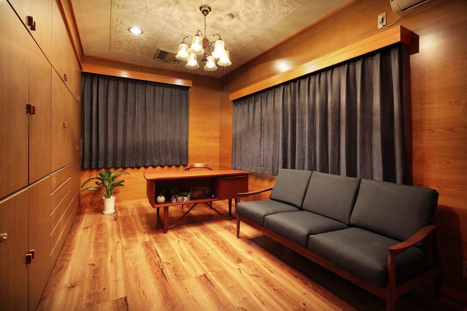 【書斎】ビンテージ家具、床張替え